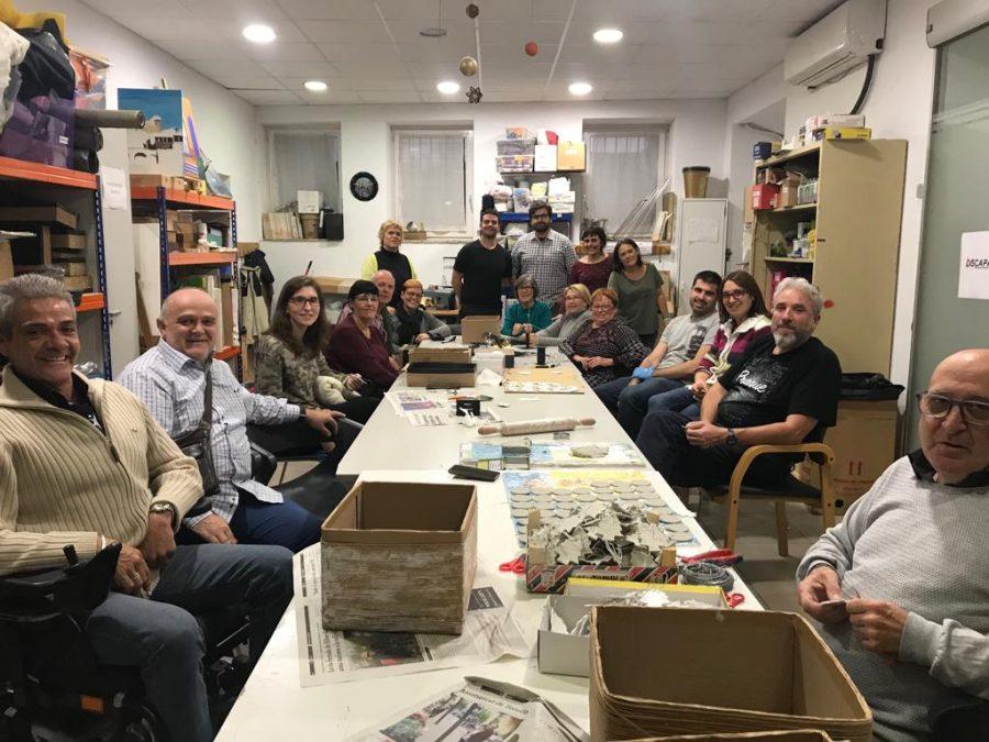 Visita del grup osonenc d'Obeses al taller de l'ADFO