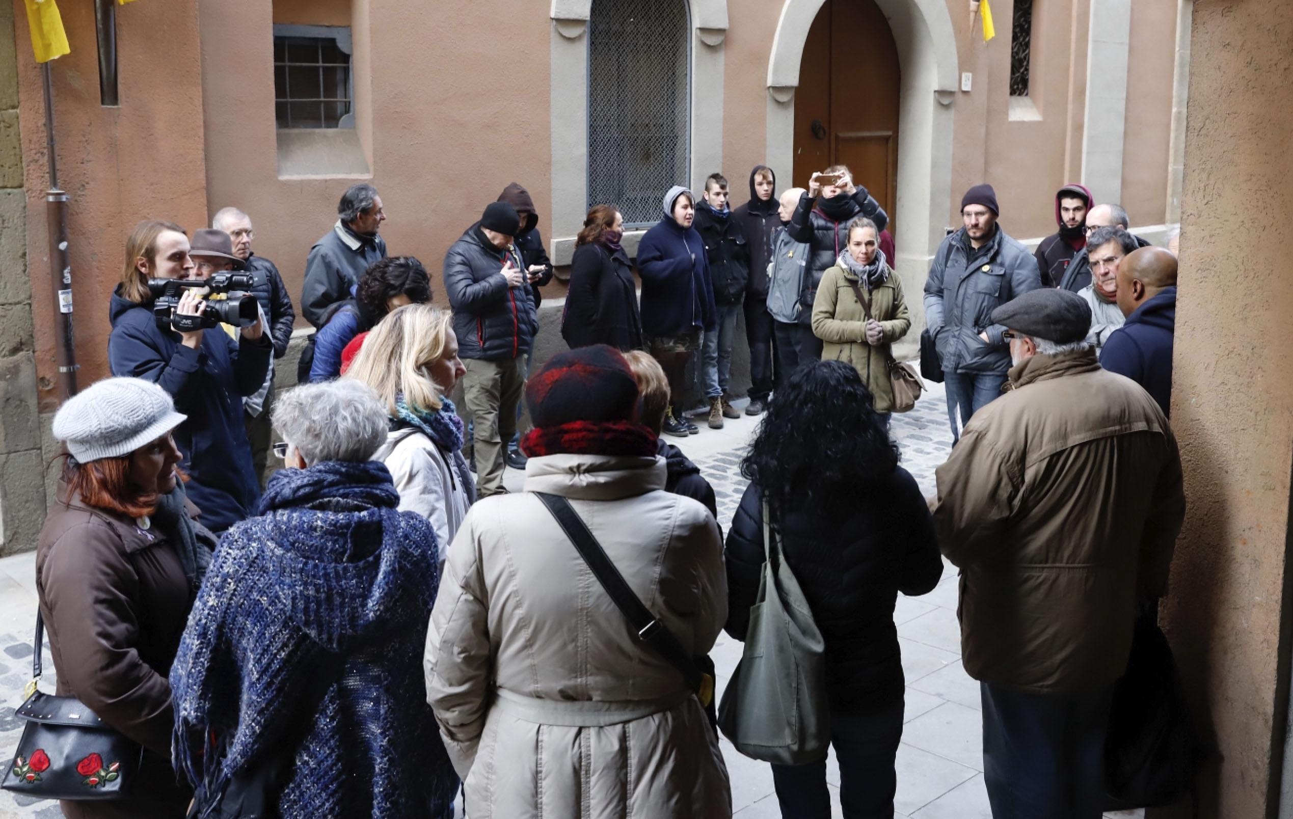 Concentració al carrer de la Ramada