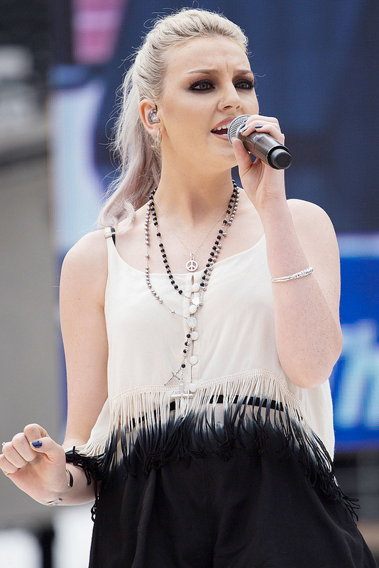 Zayn Malik and Perrie Edwards are engaged