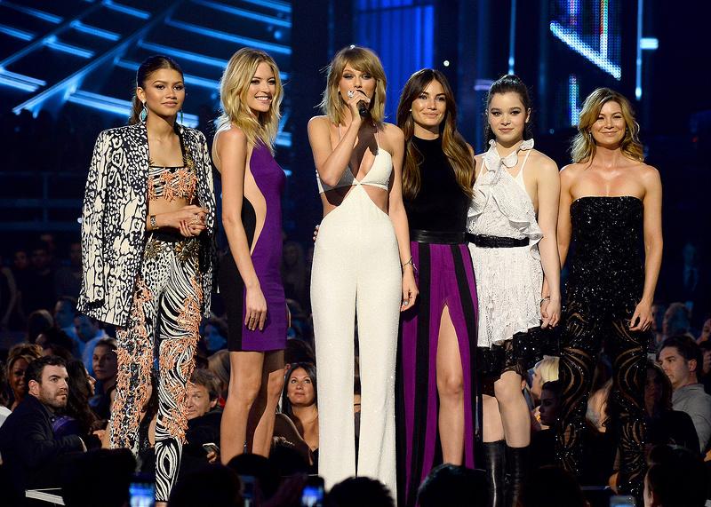 2015 Billboard Music Awards - Show