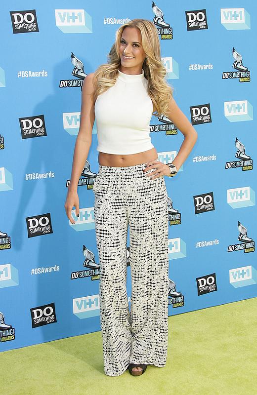Jennifer Hudson, Ne-Yo, Kelly Osbourne and more: 2013 Do Something Awards