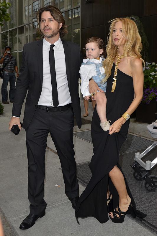 Celebrities leave their Manhattan hotel