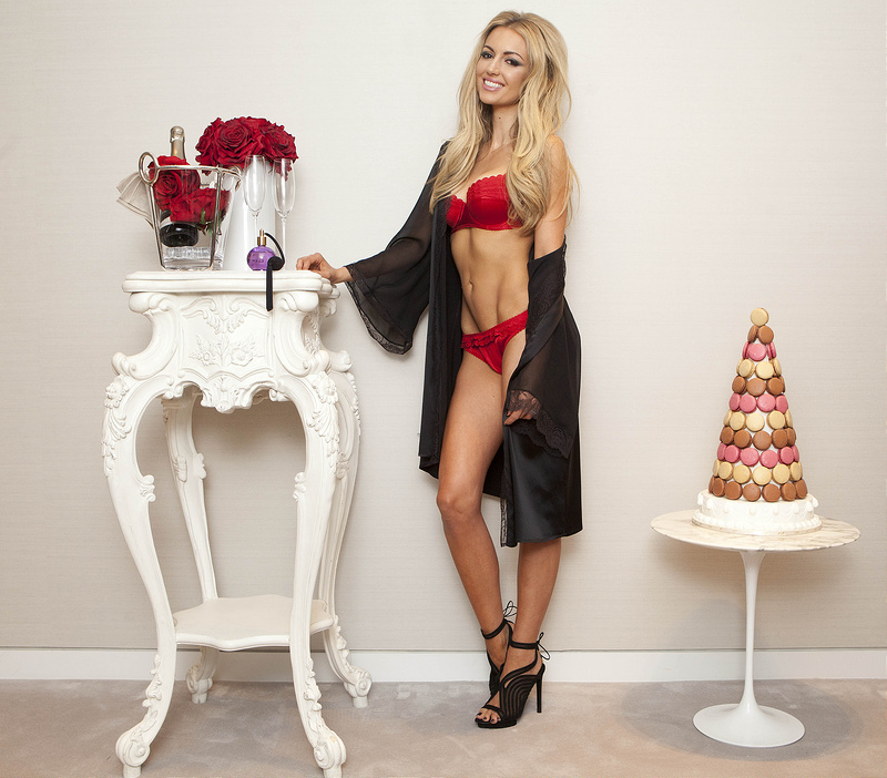 Rosanna Davison set pulses racing...