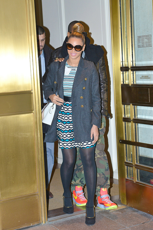 Beyonce and Jay-Z are seen leaving Bergdorf Goodman