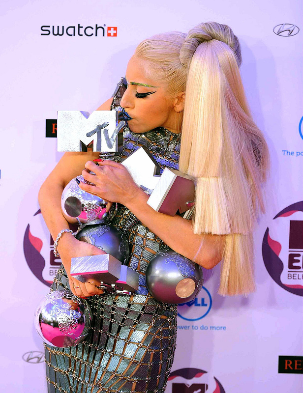 These celebs are in love with their awards