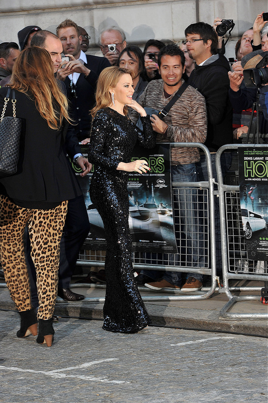 Kylie dazzled on red carpet