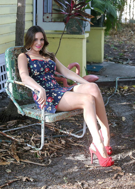 Kelly Brook films a commercial