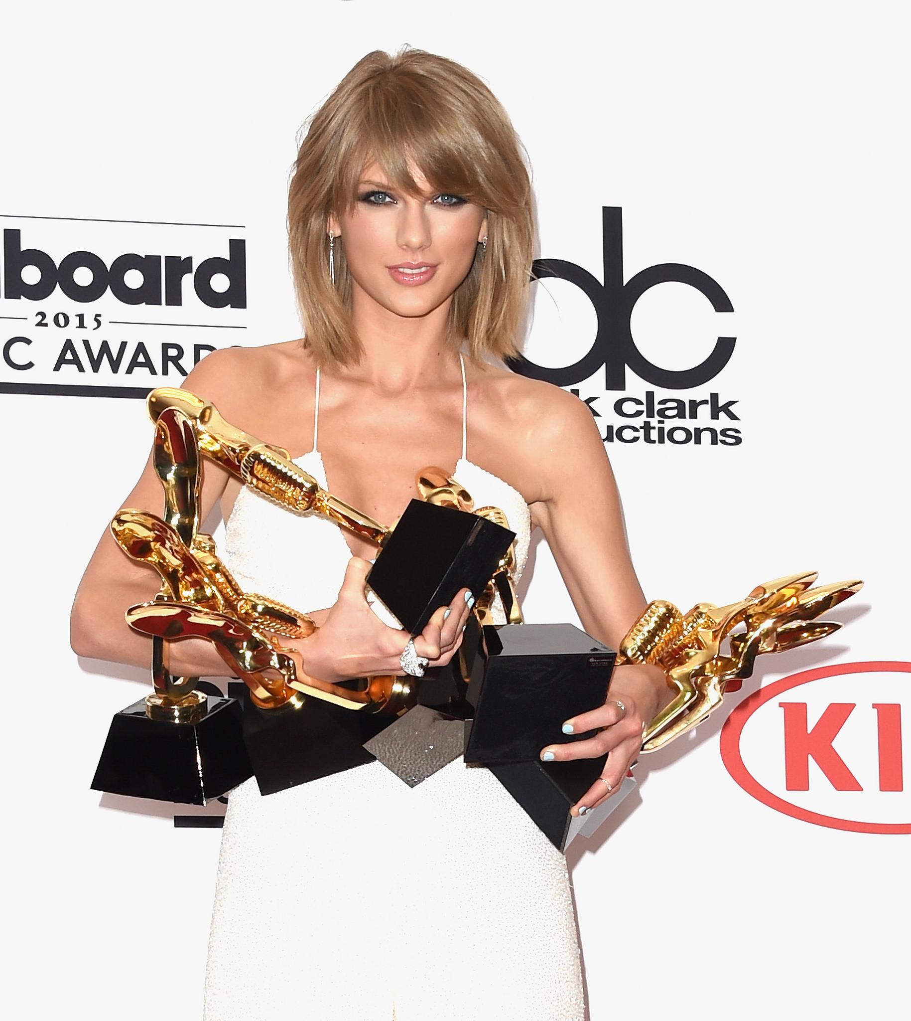 2015 Billboard Music Awards - Press Room