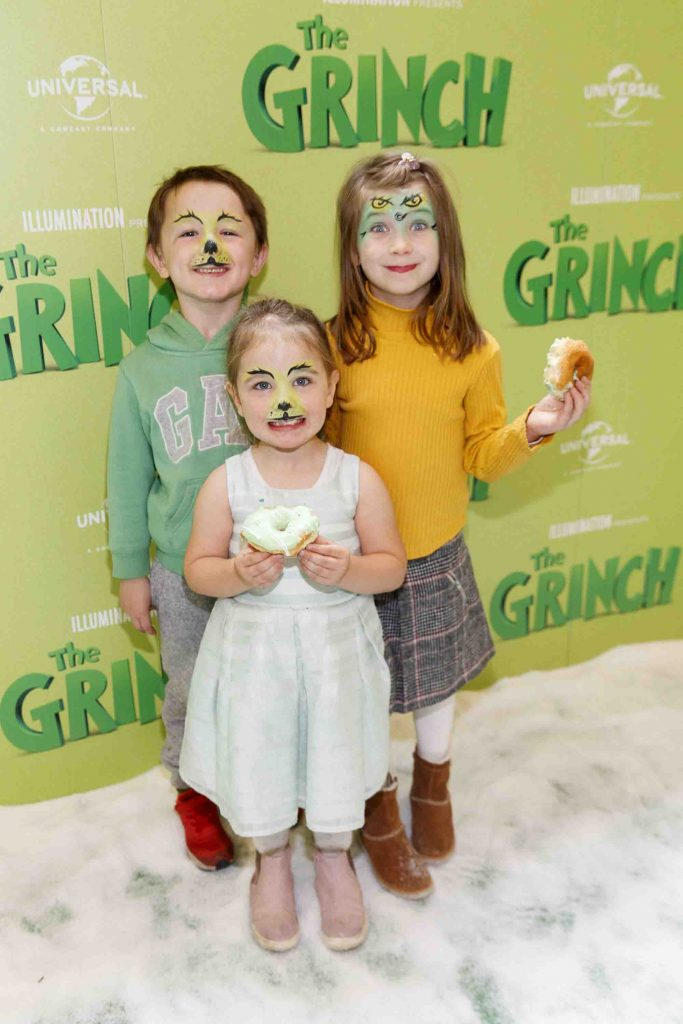 Dexter (5), Esme (3) and Daidy Walker (6) pictured at the Irish premiere screening of The Grinch at ODEON Point Village, Dublin. Picture Andres Poveda