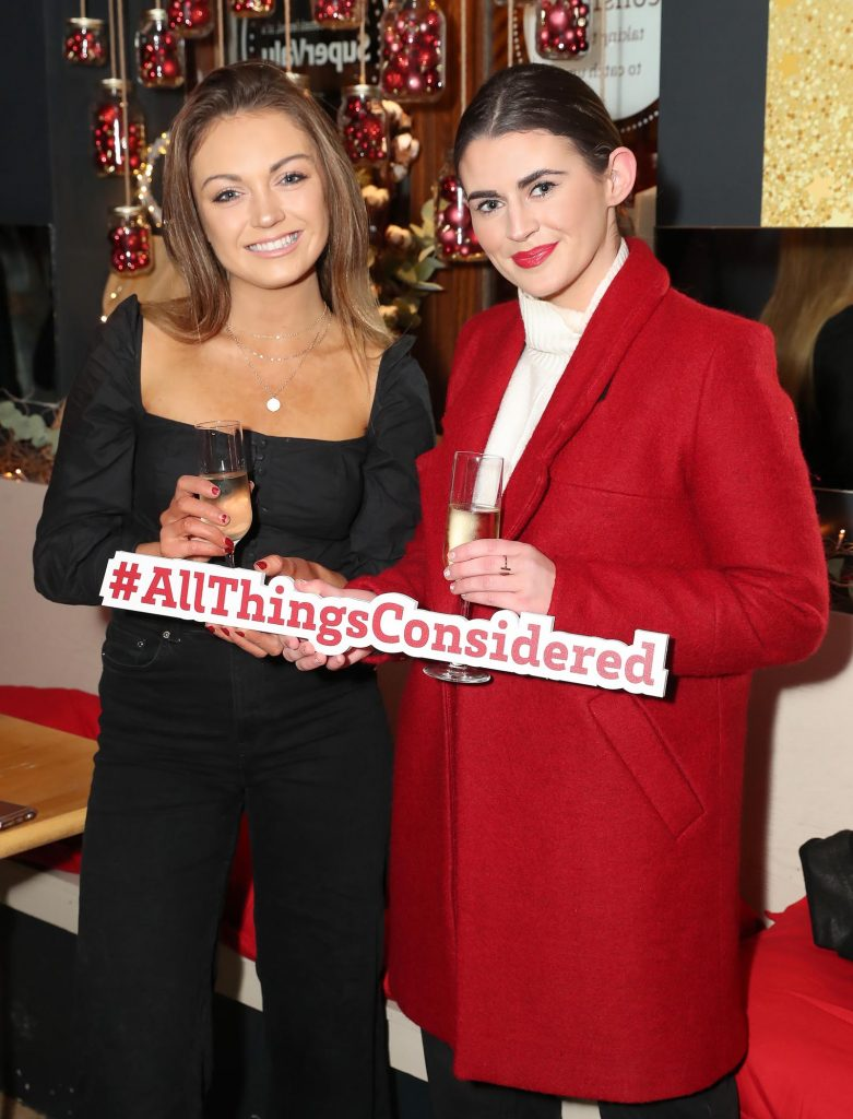 Gwen Tiernan and Denise Curtin pictured at the launch of the SuperValu All Things Considered Christmas Café in aid of ALONE.    Pic: Marc O'Sullivan