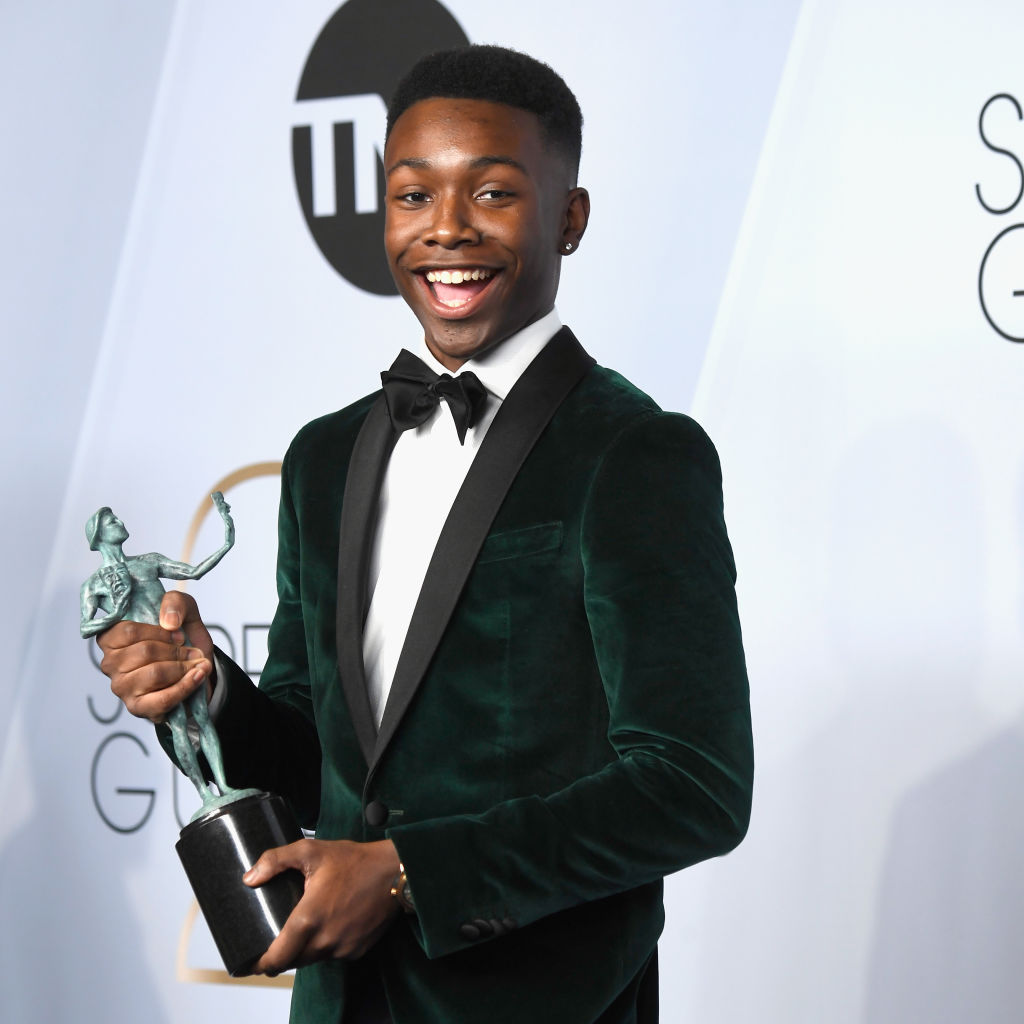 LOS ANGELES, CA - JANUARY 27:  Niles Fitch, winner of Outstanding Performance by an Ensemble in a Drama Series for 'This Is Us,' poses in the press room during the 25th Annual Screen Actors Guild Awards at The Shrine Auditorium on January 27, 2019 in Los Angeles, California.  (Photo by Frazer Harrison/Getty Images)