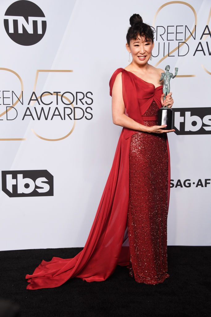 LOS ANGELES, CA - JANUARY 27:  Sandra Oh, winner of Outstanding Performance by a Female Actor in a Drama Series for ?Killing Eve?, poses in the press room during the 25th Annual Screen Actors Guild Awards at The Shrine Auditorium on January 27, 2019 in Los Angeles, California.  (Photo by Frazer Harrison/Getty Images)
