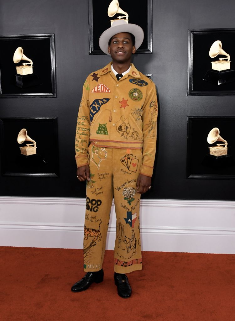 US singer Leon Bridges arrives for the 61st Annual Grammy Awards on February 10, 2019, in Los Angeles. (Photo by VALERIE MACON / AFP)        (Photo credit should read VALERIE MACON/AFP/Getty Images)