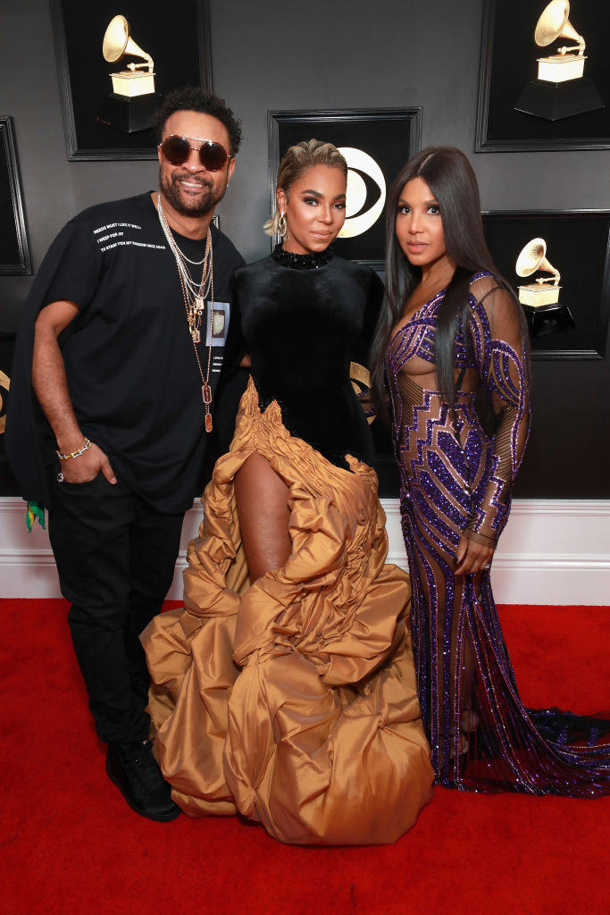 LOS ANGELES, CA - FEBRUARY 10:  Shaggy(L),Ashanti and Toni Braxton attend the 61st Annual GRAMMY Awards at Staples Center on February 10, 2019 in Los Angeles, California.  (Photo by Rich Fury/Getty Images for The Recording Academy)