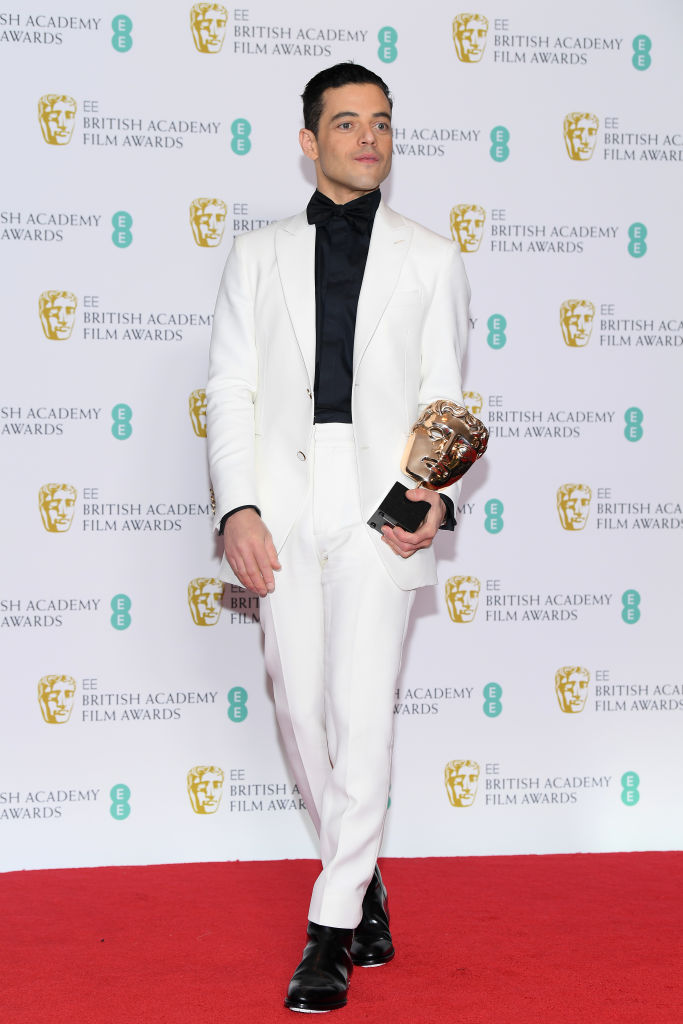 LONDON, ENGLAND - FEBRUARY 10:  Winner of the Leading Actor award for Bohemian Rhapsody, Rami Malek poses in the press room during the EE British Academy Film Awards at Royal Albert Hall on February 10, 2019 in London, England. (Photo by Pascal Le Segretain/Getty Images)
