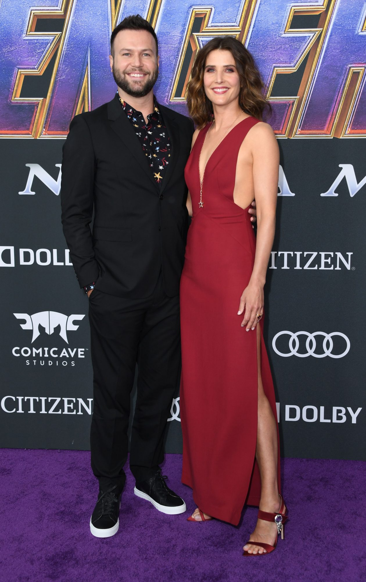 """Canadian actress Cobie Smulders and her husband US actor Taran Killam arrive for the World premiere of Marvel Studios' """"Avengers: Endgame"""" at the Los Angeles Convention Center on April 22, 2019 in Los Angeles. (Photo by VALERIE MACON/AFP/Getty Images)"""