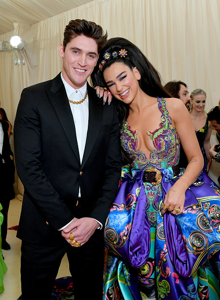 Isaac Carew and Dua Lipa attend The 2019 Met Gala Celebrating Camp: Notes on Fashion at Metropolitan Museum of Art on May 06, 2019 in New York City. (Photo by Mike Coppola/MG19/Getty Images for The Met Museum/Vogue )
