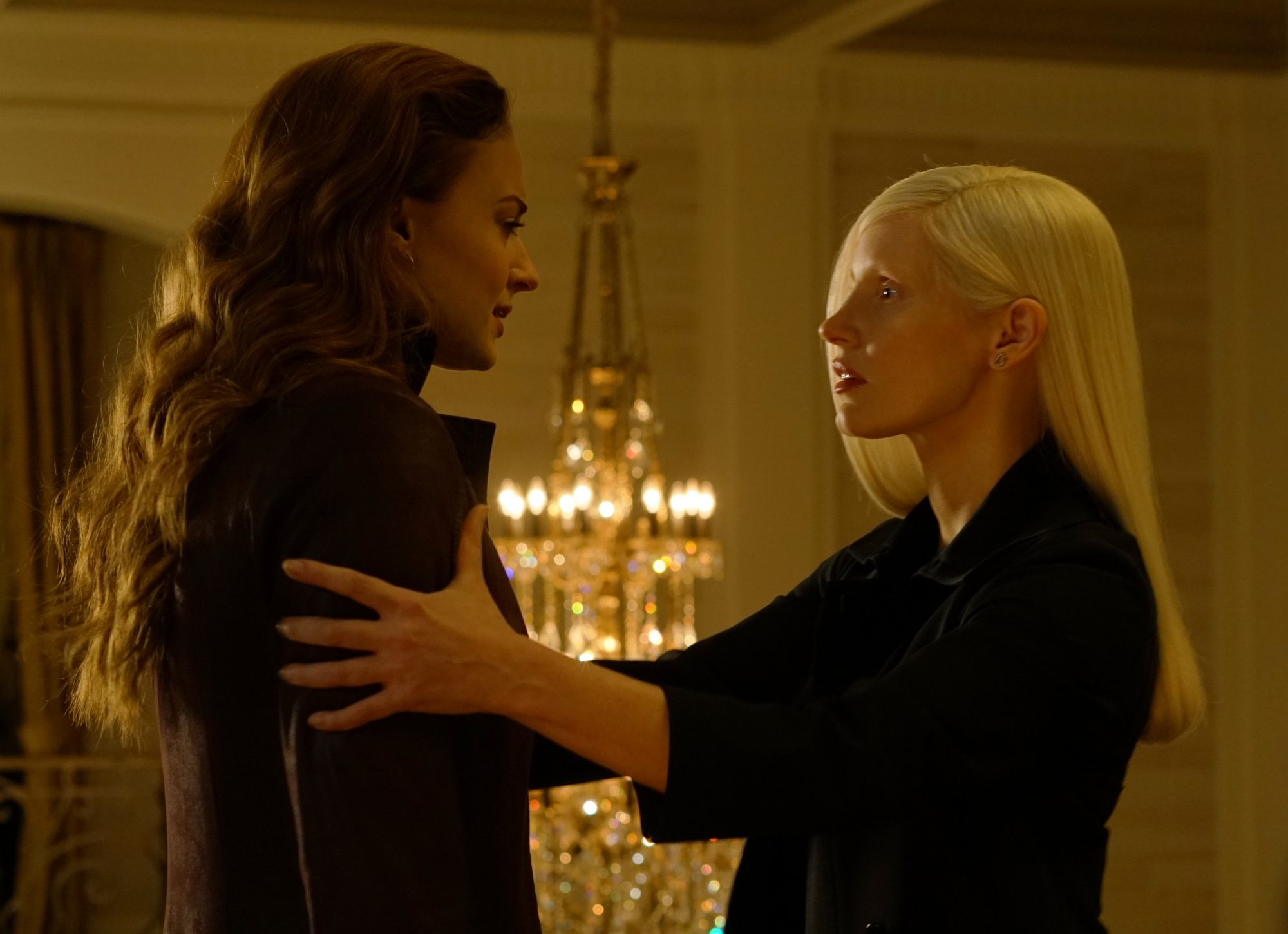 "Sophie Turner and Jessica Chastain in <a href=""https://entertainment.ie/cinema/movie-reviews/x-men-dark-phoenix-7257/"">X-Men: Dark Phoenix</a>"