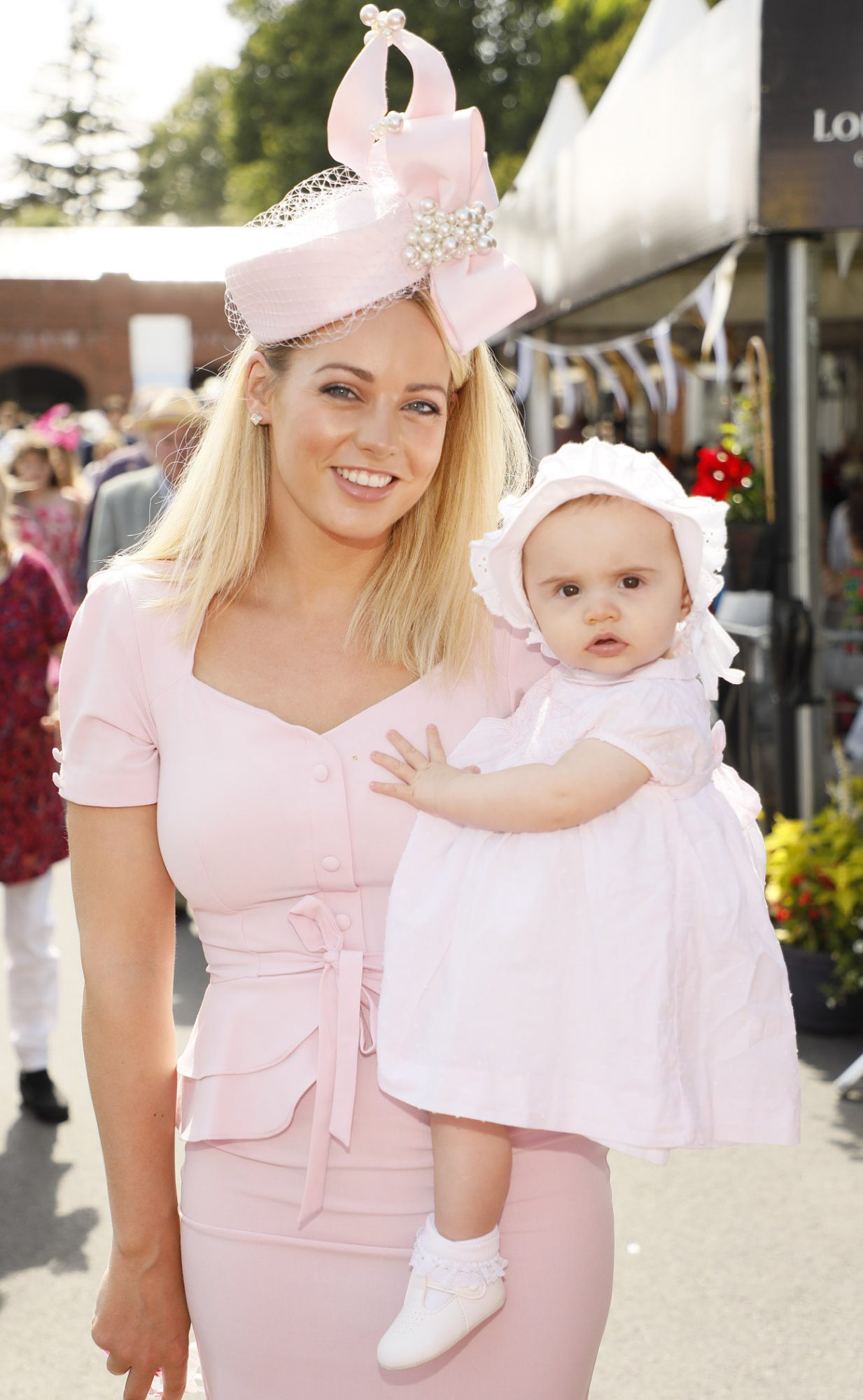 Victoria and Hannah Corr at the Dundrum Town Centre Ladies' Day at the Dublin Horse Show in the RDS. Photo: Kieran Harnett