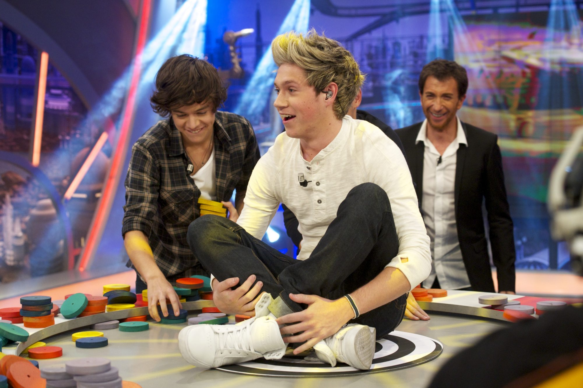 "MADRID, SPAIN - OCTOBER 31:  Niall Horan of One Direction attends ""El Hormiguero"" Tv show at Vertice Studio on October 31, 2012 in Madrid, Spain.  (Photo by Juan Naharro Gimenez/Getty Images)"