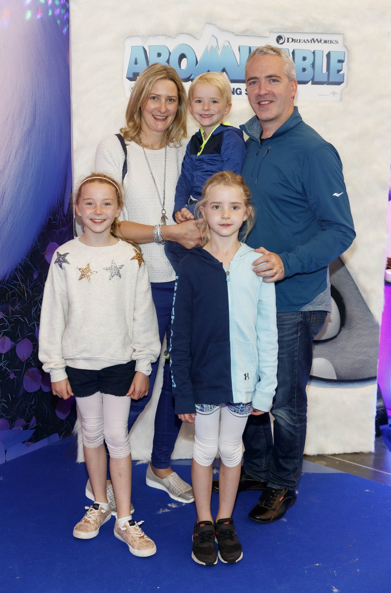 Triona and Tom Morrow with Daire (3) Éabha (8) and Caoilinn (7) pictured at a special preview screening of DreamWorks Animation ABOMINABLE at Odeon Point Square, Dublin. Picture Andres Poveda