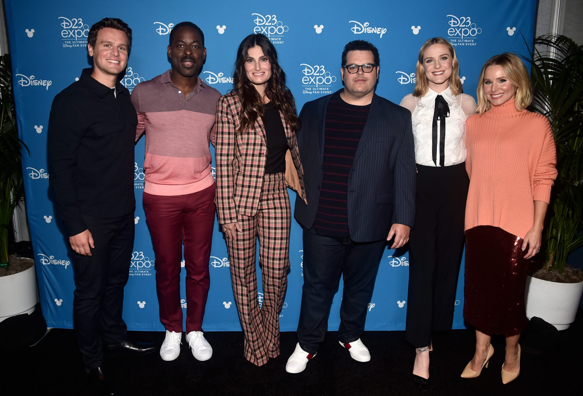 ANAHEIM, CALIFORNIA - AUGUST 24: (L-R) Jonathan Groff, Sterling K. Brown, Idina Menzel, Josh Gad, Evan Rachel Wood, and Kristen Bell of 'Frozen 2' took part today in the Walt Disney Studios presentation at Disney's D23 EXPO 2019 in Anaheim, Calif.  'Frozen 2' will be released in U.S. theaters on November 22, 2019. (Photo by Alberto E. Rodriguez/Getty Images for Disney)