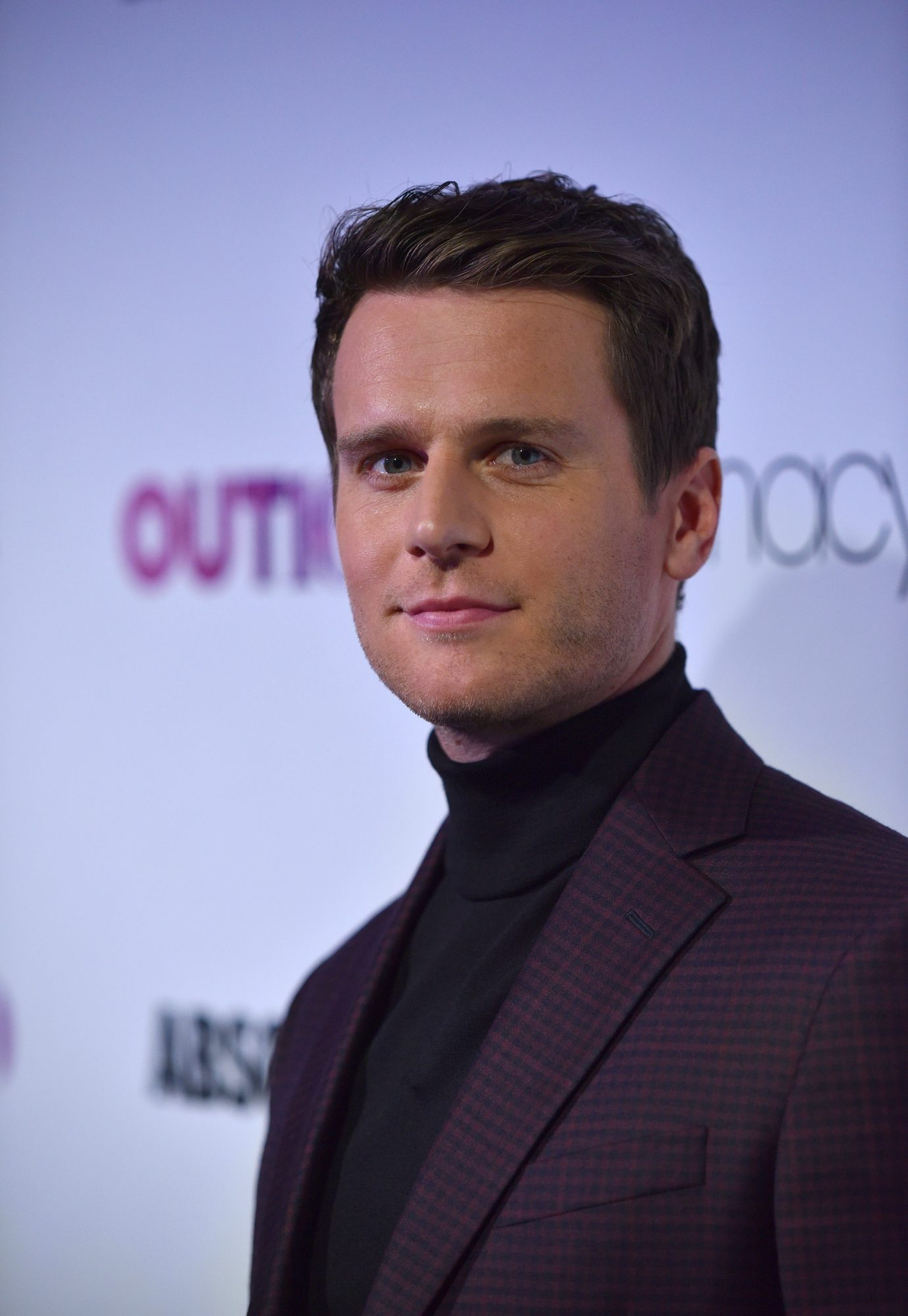 NEW YORK, NY - NOVEMBER 09:  OUT100 Entertainer of the Year Jonathan Groff attends OUT Magazine #OUT100 Event presented by Lexus at the the Altman Building on November 9, 2017 in New York City.  (Photo by Bryan Bedder/Getty Images for OUT Magazine)