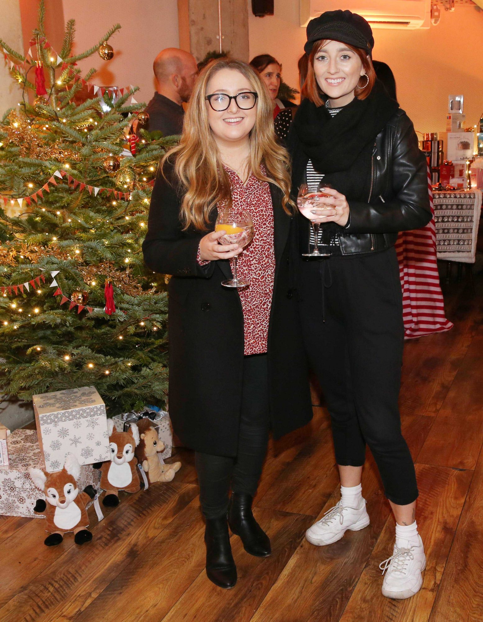 Hannah O'Connell and Rebecca Shekleton pictured at the Aldi Amazing Christmas Showcase 2019. Photograph: Leon Farrell / Photocall Ireland