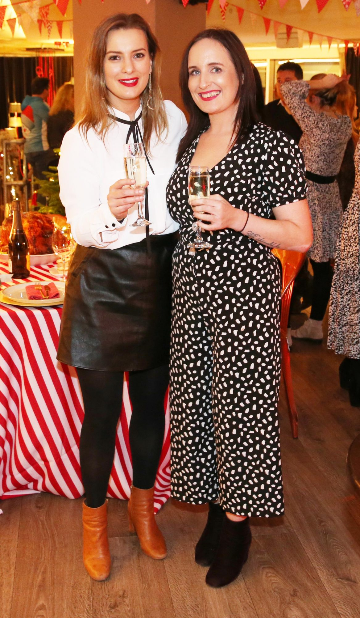 Nicola Bardon and Niamh Anderson pictured at the Aldi Amazing Christmas Showcase 2019. Photograph: Leon Farrell / Photocall Ireland