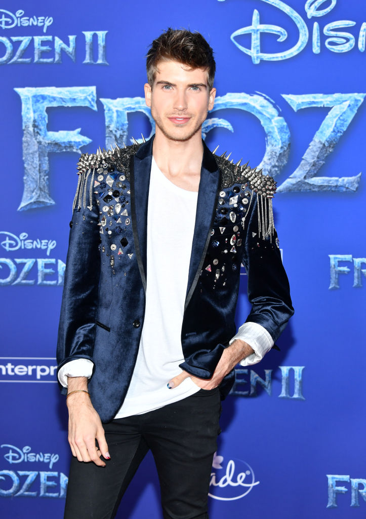 "Joey Graceffa attends the premiere of Disney's ""Frozen 2"" at Dolby Theatre on November 07, 2019 in Hollywood, California. (Photo by Amy Sussman/Getty Images)"