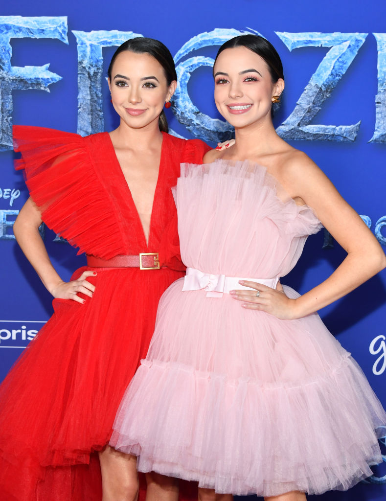 "Veronica Merrell and Vanessa Merrell attend the premiere of Disney's ""Frozen 2"" at Dolby Theatre on November 07, 2019 in Hollywood, California. (Photo by Amy Sussman/Getty Images)"