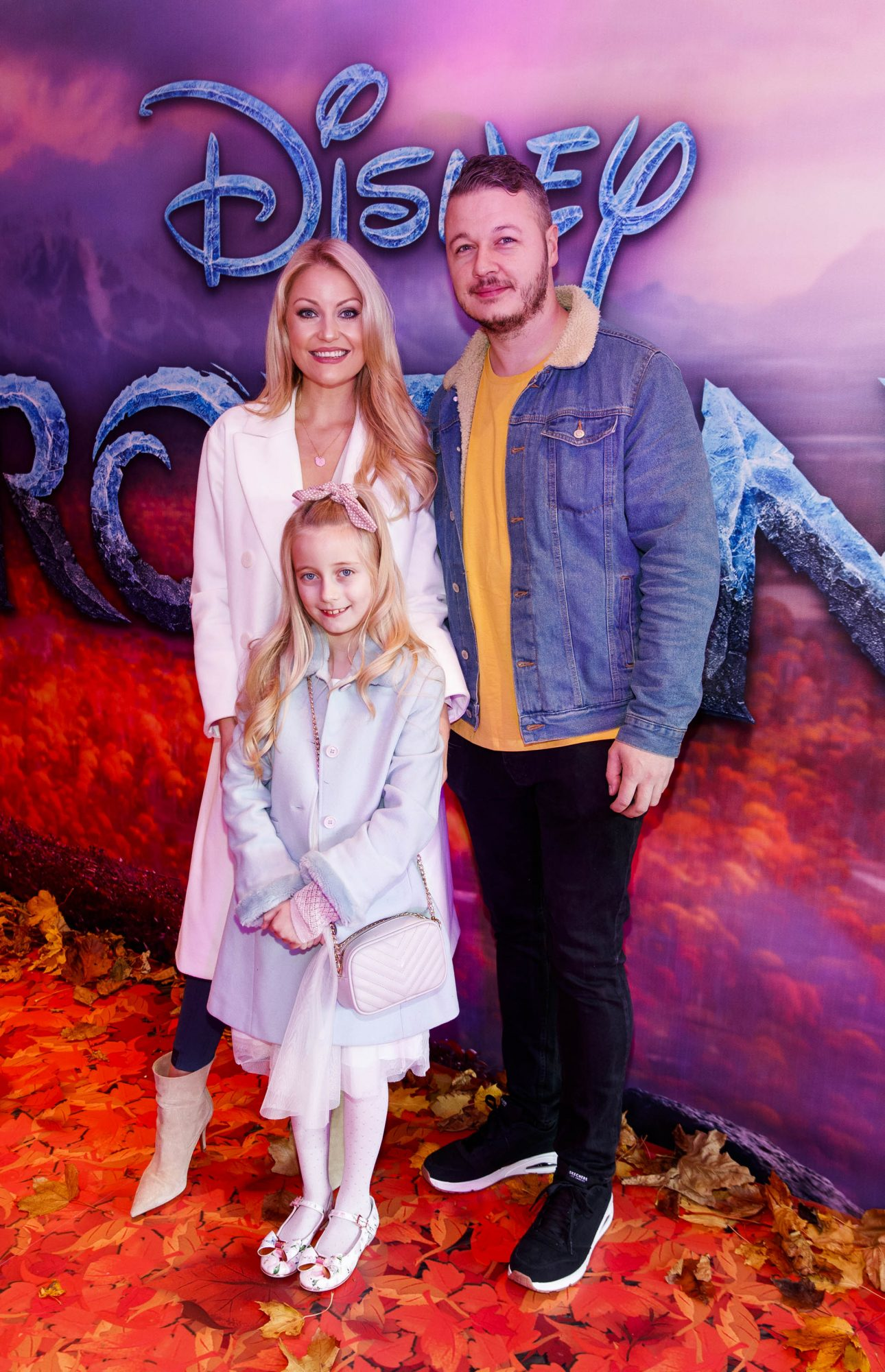 """Kerri Nicole Blanc and Keith Malone with daughter Kayla pictured at the special preview screening of Disney's """"Frozen 2"""" at the Light House Cinema, Dublin.  Picture Andres Poveda"""