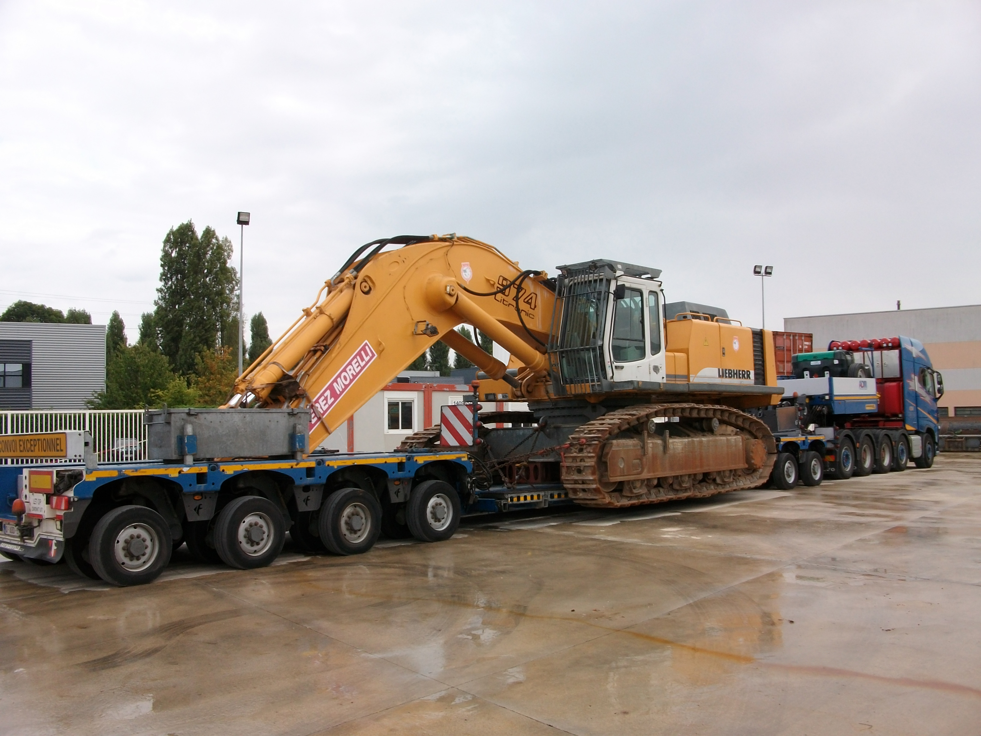 80 ton Tracked Excavator ready to begin the journey to its new owner.jpg