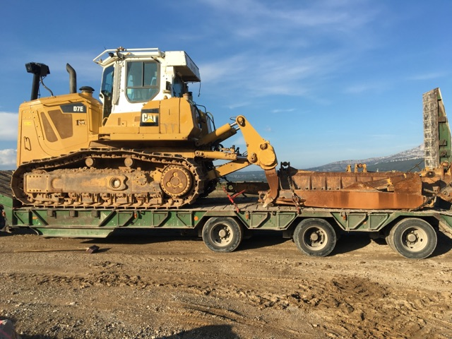 Bulldozer recently loaded in France.jpg