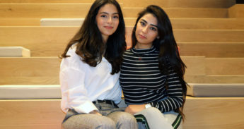 Photo: Senem Oylum (left) and Shabnam Akbari (right), the 500th mentoring duo of Refugees@campus.