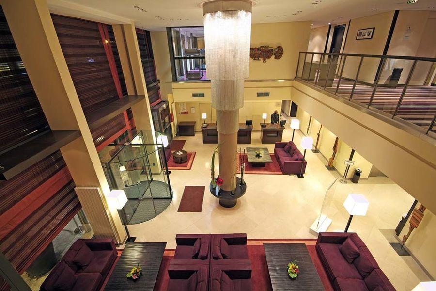Radisson Blu Boulogne - Lobby