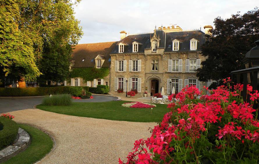 Château de Fère - Cour