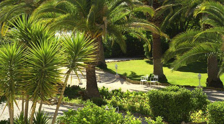 Grand Hotel Les Lecques - Parc  (2)
