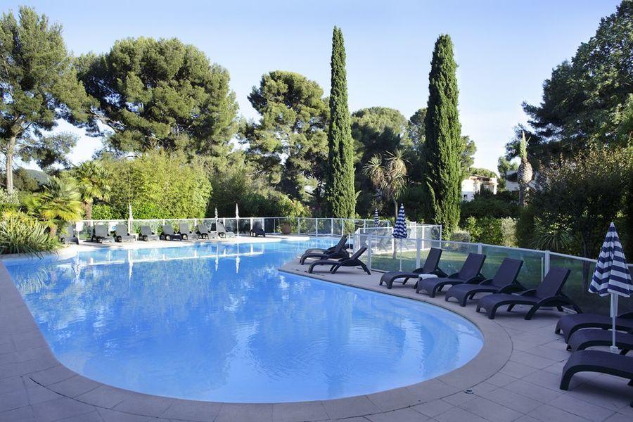 Grand Hotel Les Lecques - Piscine (1)