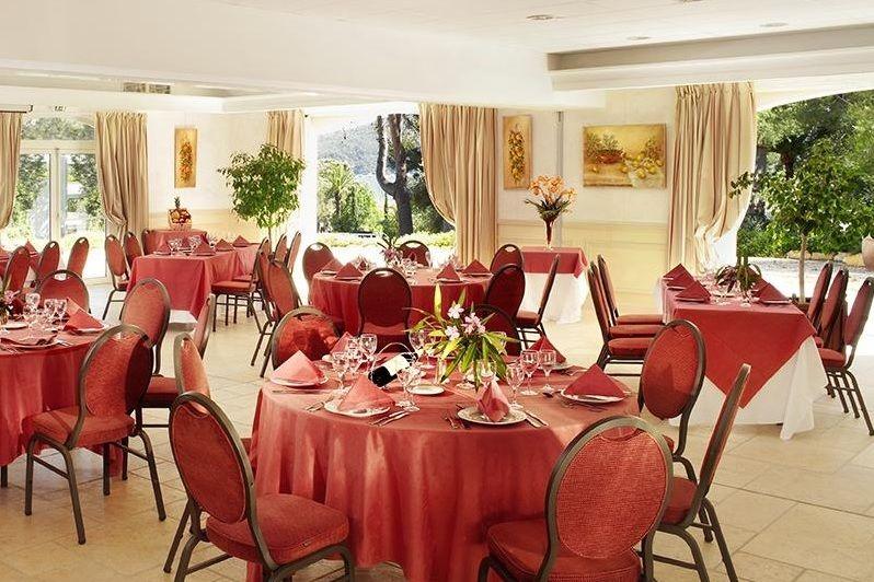 Grand Hotel Les Lecques - Salle de restaurant