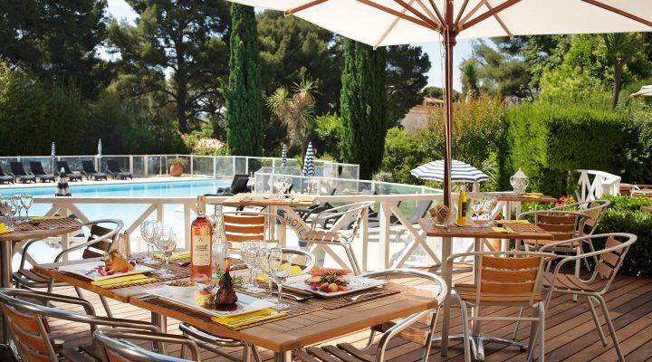 Grand Hotel Les Lecques - Terrasse & Piscine