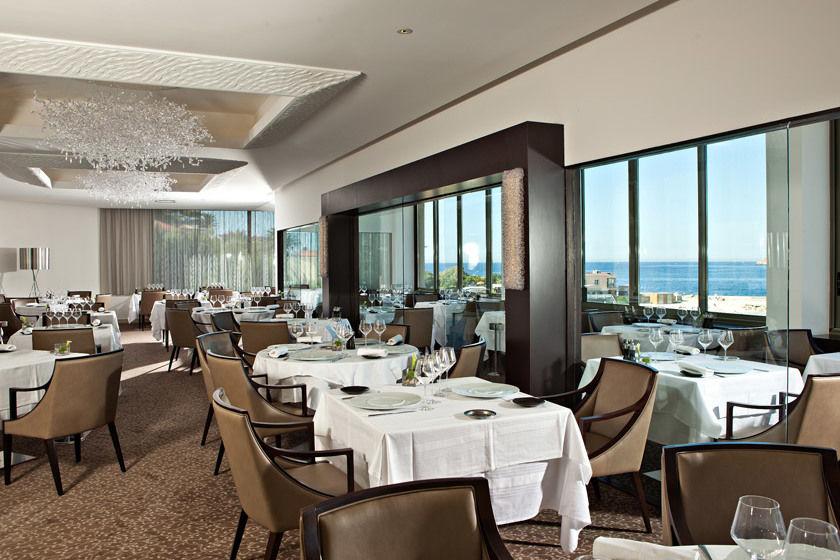Hotel Ile Rousse - Salle de Réception (2)
