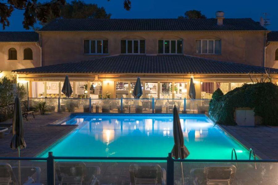 Hostellerie de l'abbaye restanque hotel thoronet - Extérieur & Piscine (9)