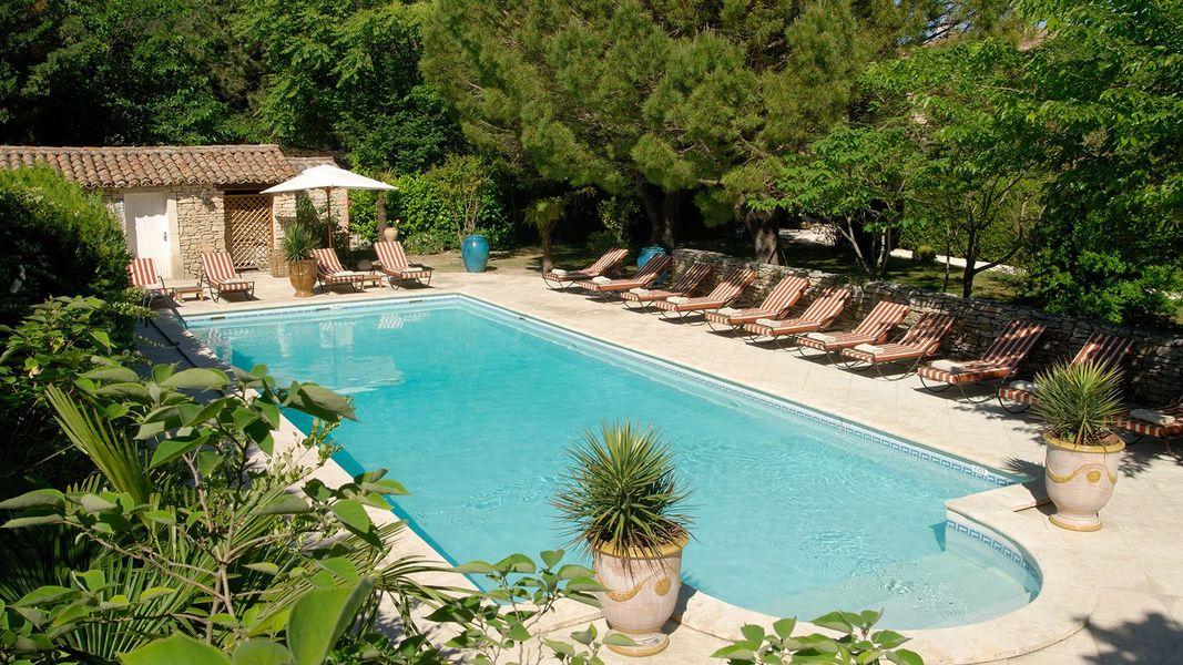 Hostellerie le Roy Soleil - Piscine (4)