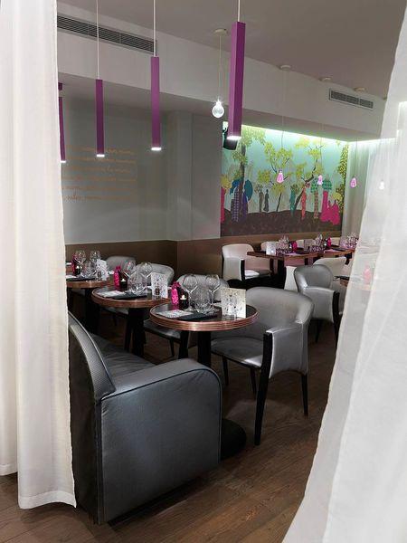 Restaurant Mom Paris - Restaurant (3)
