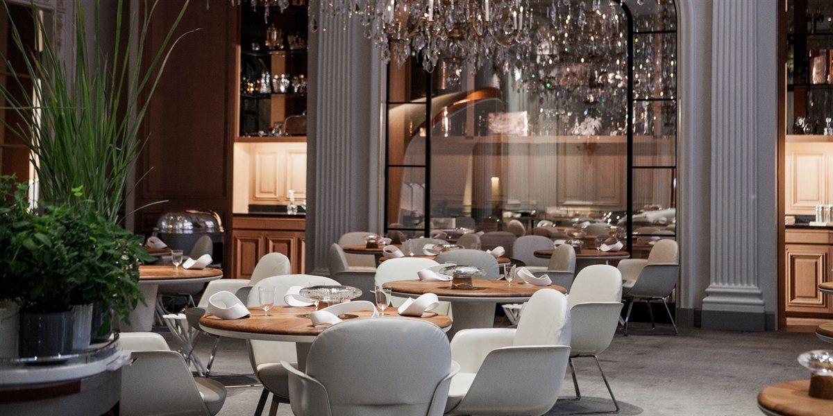 Hotel Plaza Athenee Paris - Silencio Alain Ducasse (1)