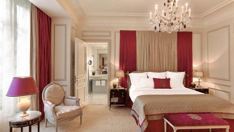 Hotel Plaza Athenee Paris - Junior Suite 2