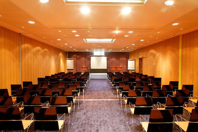 Holiday Inn Express Paris Canal de la Vilette - Salle de séminaire