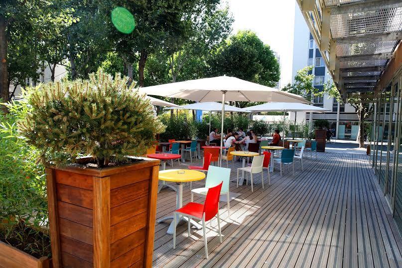 Holiday Inn Express Paris Canal de la Vilette - Terrasse du bar