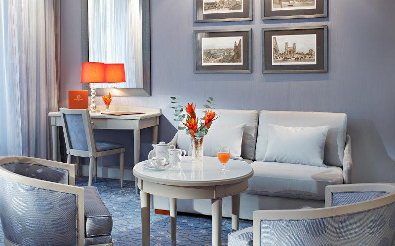 Hotel Rochester Champs Elysées - Privilege Superior Room